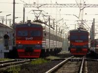 Санкт-Петербург. ЭР2Т-7206, ЭР2Т-7208