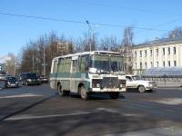 Великий Новгород. Автобус ПАЗ-3205 с транзитным номером (ОМ 5319)