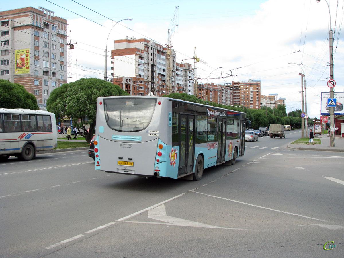 Вологда. ВМЗ-4252 ак065