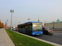 Москва. Mercedes O345 Conecto LF н089му