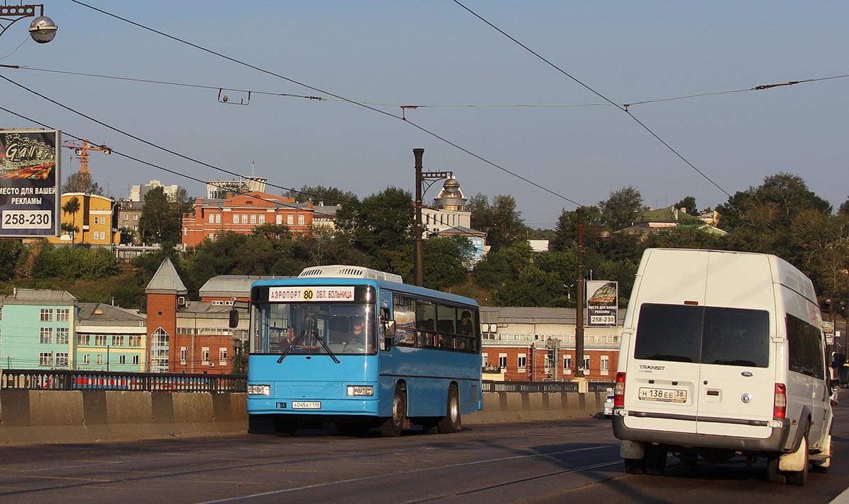 Иркутск. Daewoo BS090 а045ат, Нижегородец-2227 (Ford Transit) н138ее