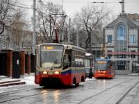 Москва. 71-619А (КТМ-19А) №2123, 71-623-02 (КТМ-23) №2666
