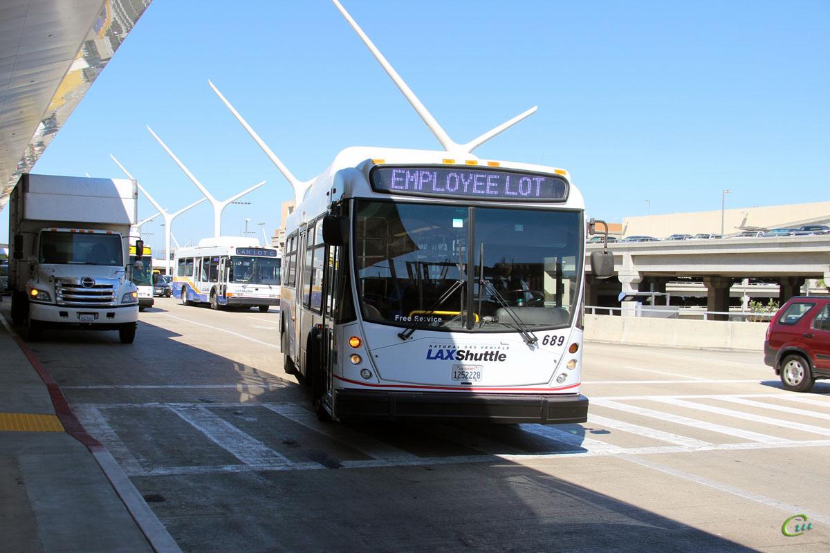Лос-Анджелес. NABI 35-LFW 1252228