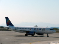 Родос. Самолет Airbus A320 (LY-SPD) компании Small Planet Airlines