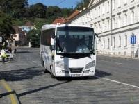 Прага. Isuzu Novo 2AF 3271
