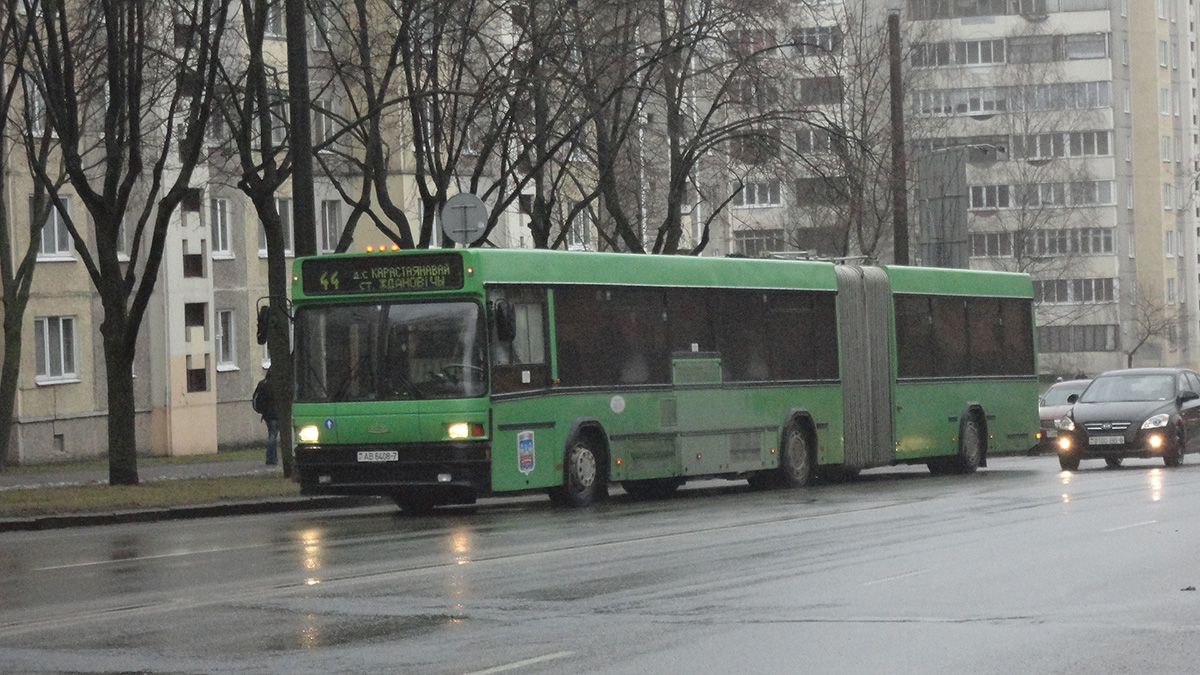 Минск. МАЗ-105.065 AB6408-7