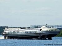 Череповец. Пассажирский двухвинтовой теплоход на подводных крыльях Метеор-048 мощностью 2200 л