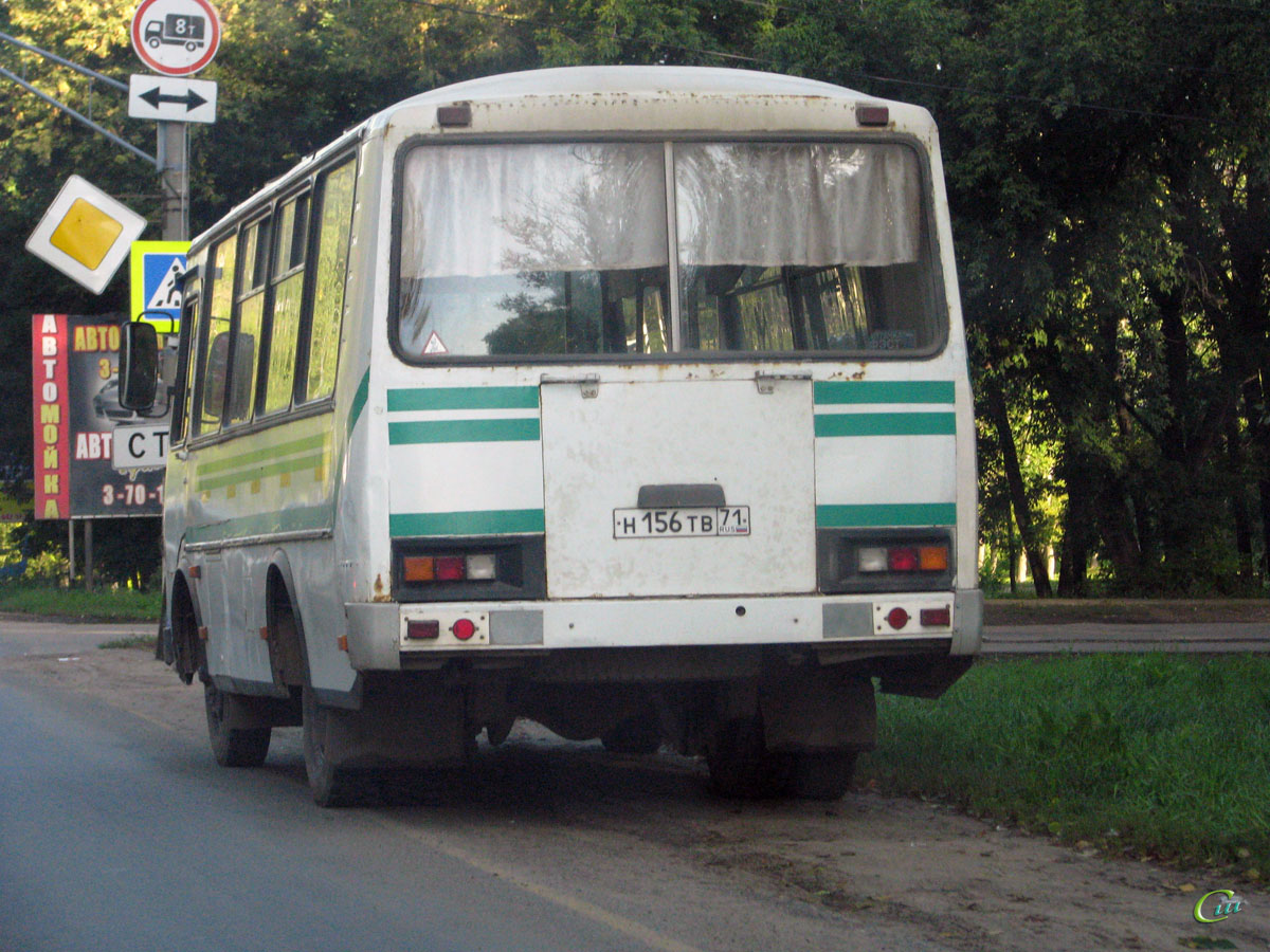 Кстово. ПАЗ-3205 н156тв