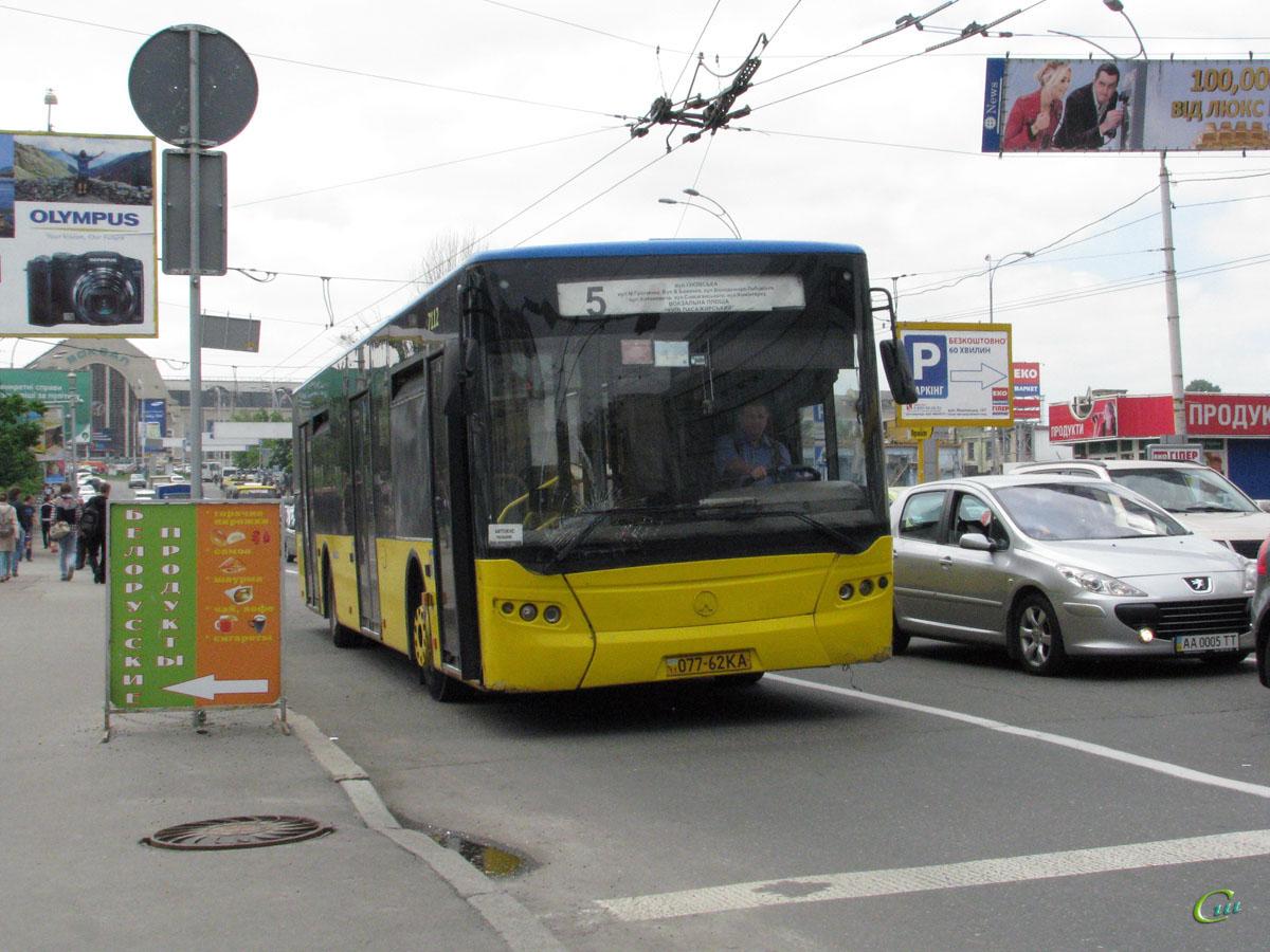 Киев. ЛАЗ-А183 077-62KA