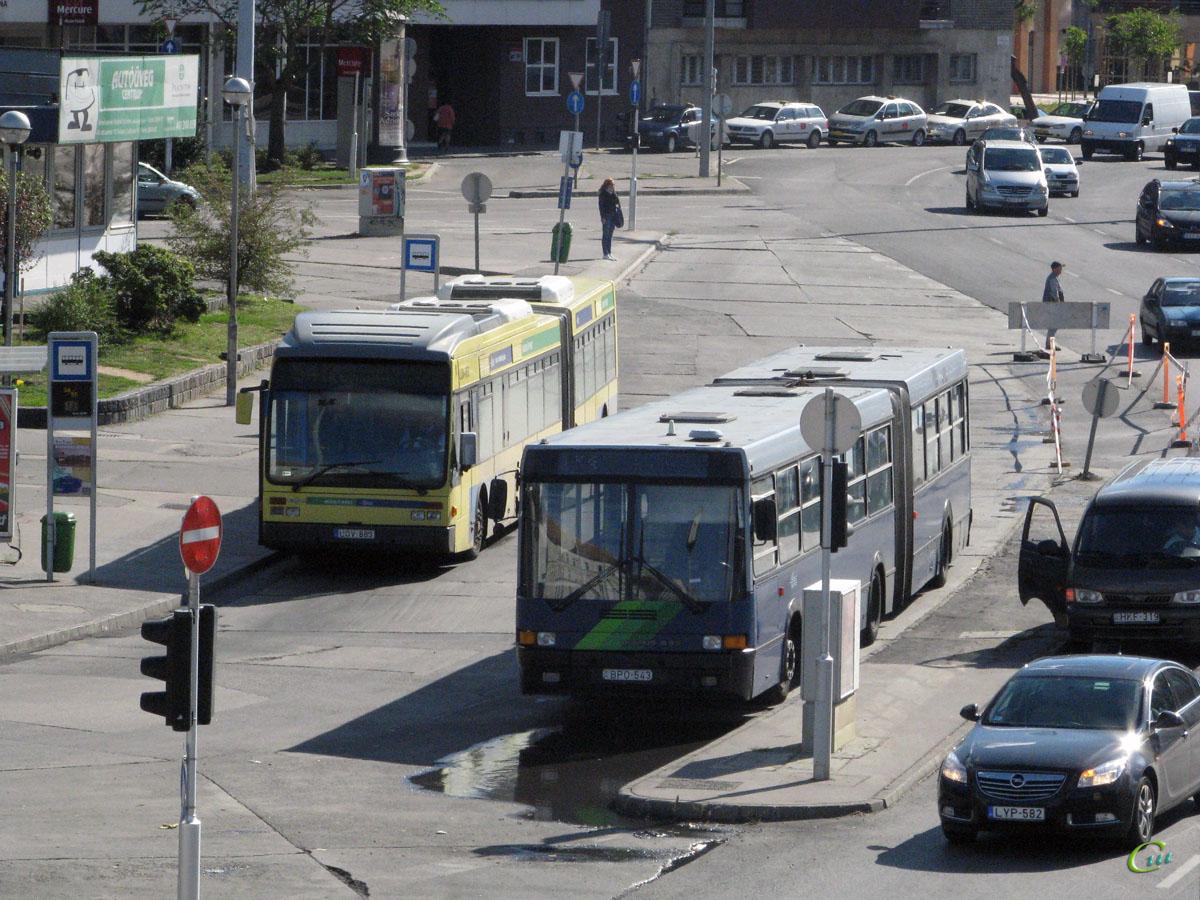 Будапешт. Van Hool AG300 LOV-863, Ikarus 435 BPO-543