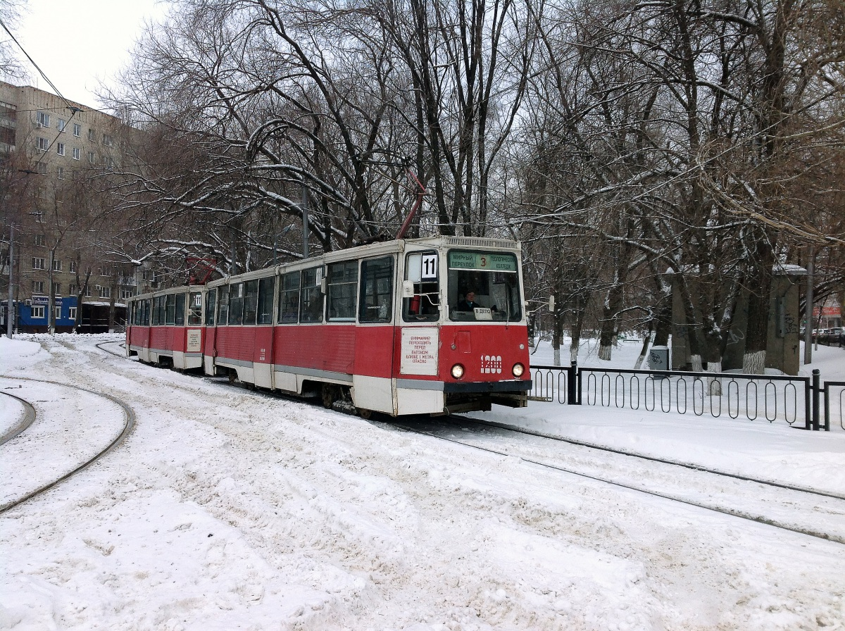 Саратов. 71-605 (КТМ-5) №1200, 71-605 (КТМ-5) №1202