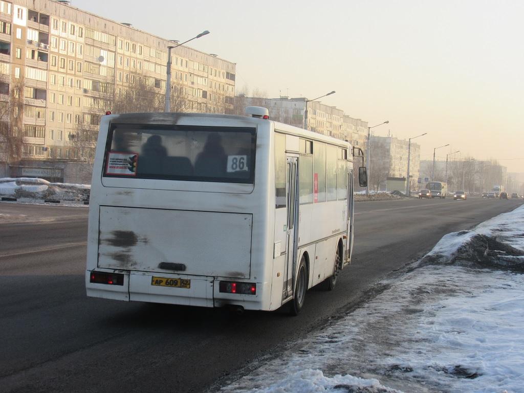 Новокузнецк. КАвЗ-4235 ар609