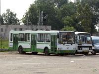 Псков. ЛиАЗ-5256.25 ав263, ПАЗ-3205-110 аа493