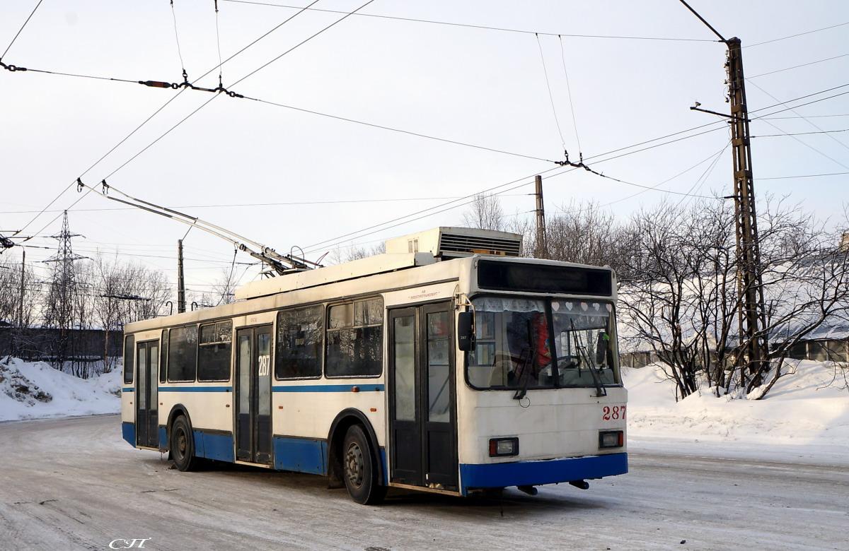 Мурманск. ВМЗ-52981 №287