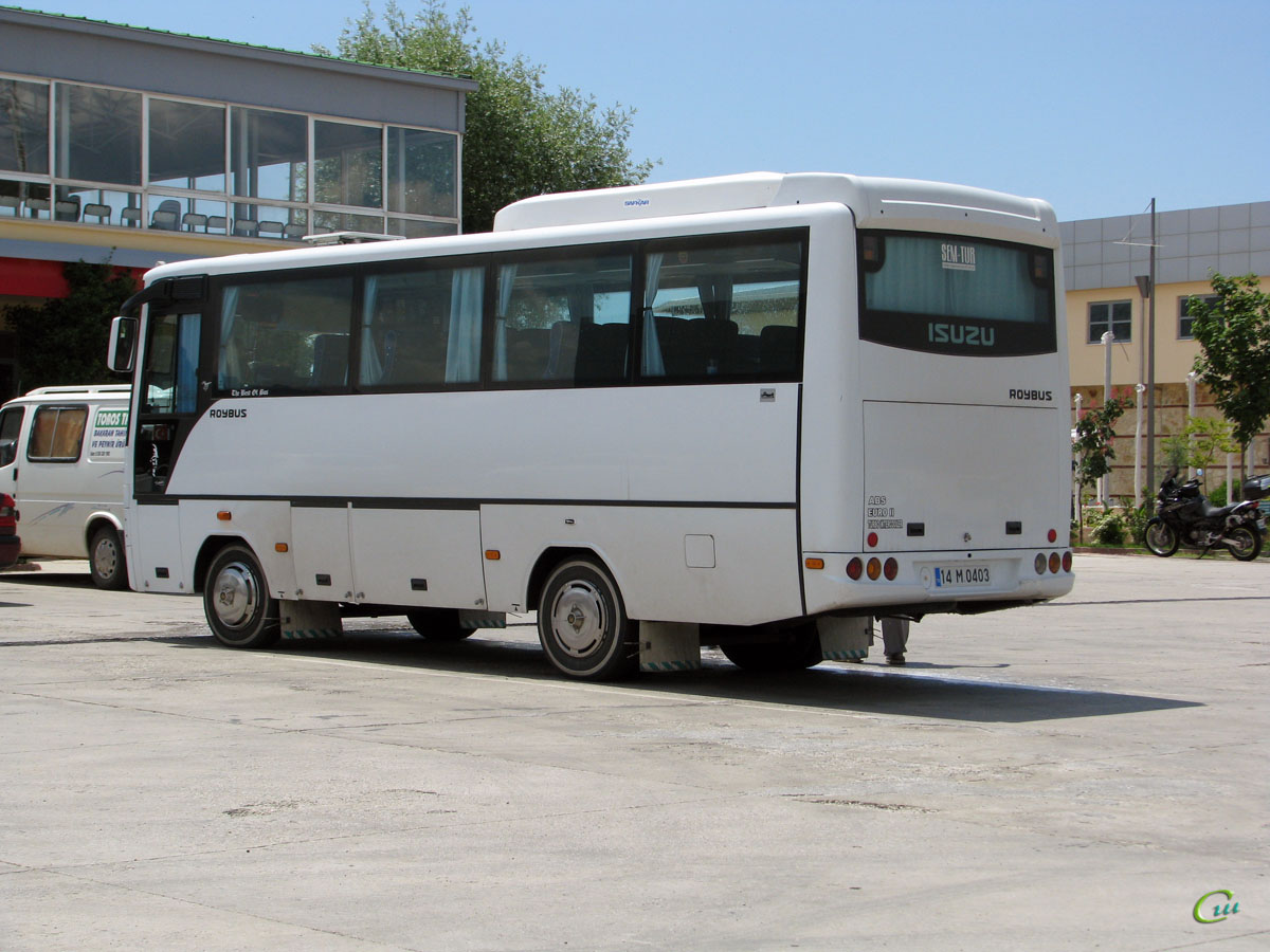 Анталья. Isuzu Roybus 14 M 0403