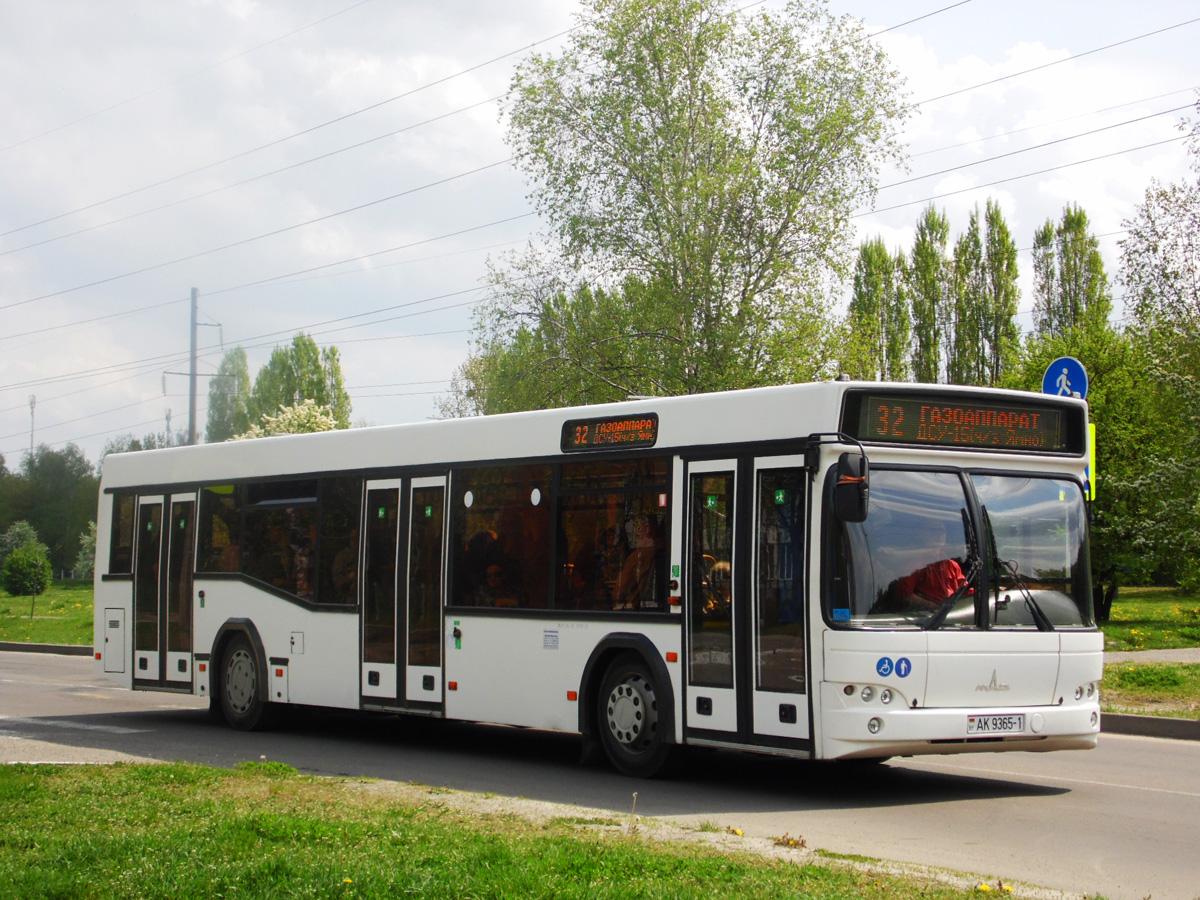 Брест. МАЗ-103.485 AK9365-1