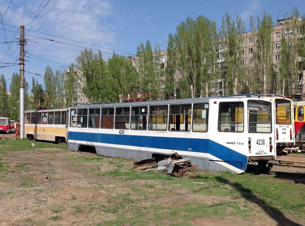 Саратов. 71-608КМ (КТМ-8М) №1337