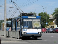 Днепропетровск. ЮМЗ-Т1Р №1068