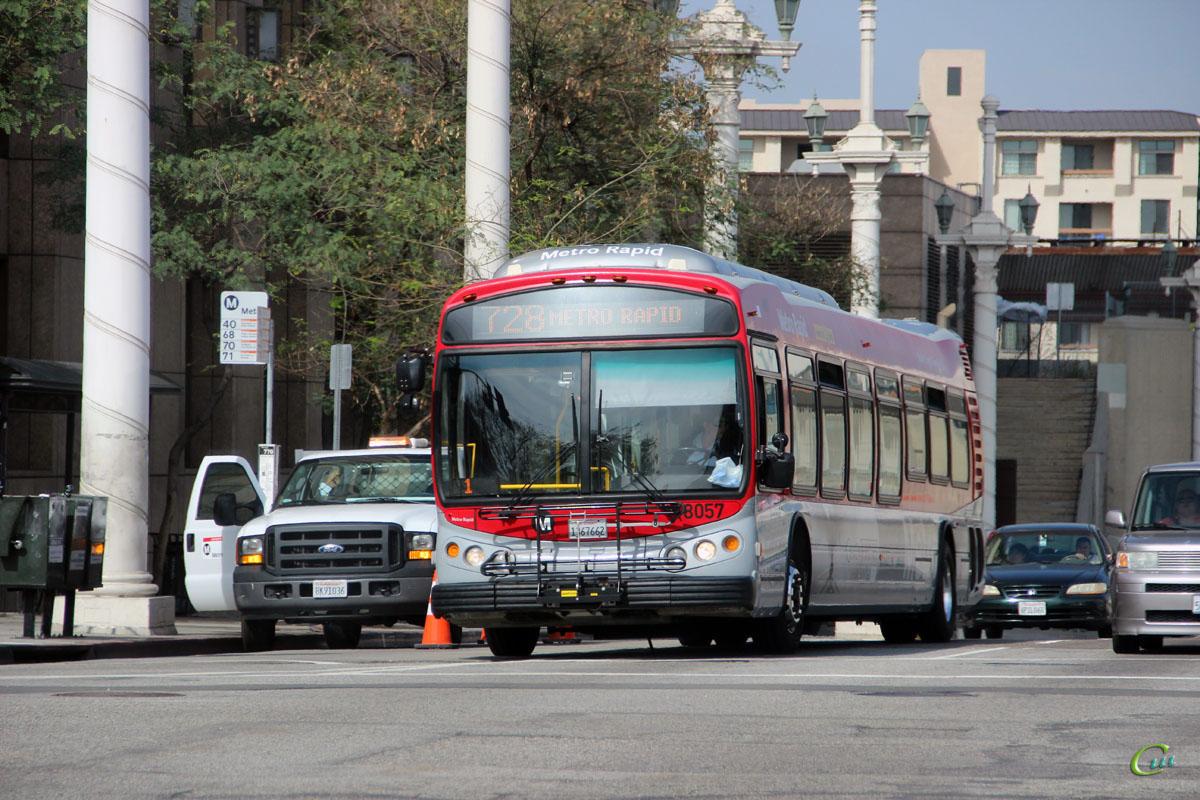 Лос-Анджелес. NABI Metro 45C 1367662