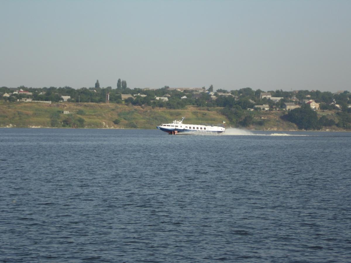 Николаев. Теплоход на подводных крыльях Нибулон Экспресс 1, тип Полесье, тип Полесье