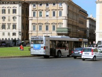 Рим. Iveco CityClass EZ 673XK