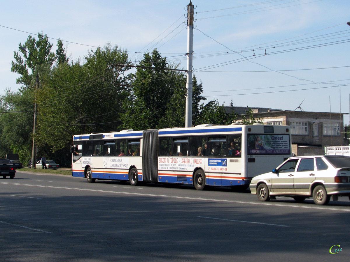 Великий Новгород. Mercedes O405GN ае164