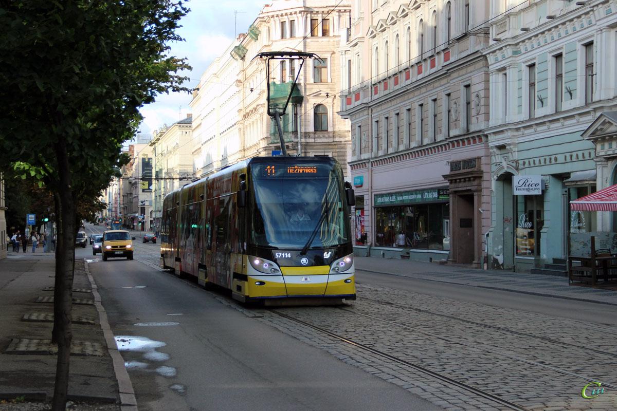 Рига. Škoda 15T №57114