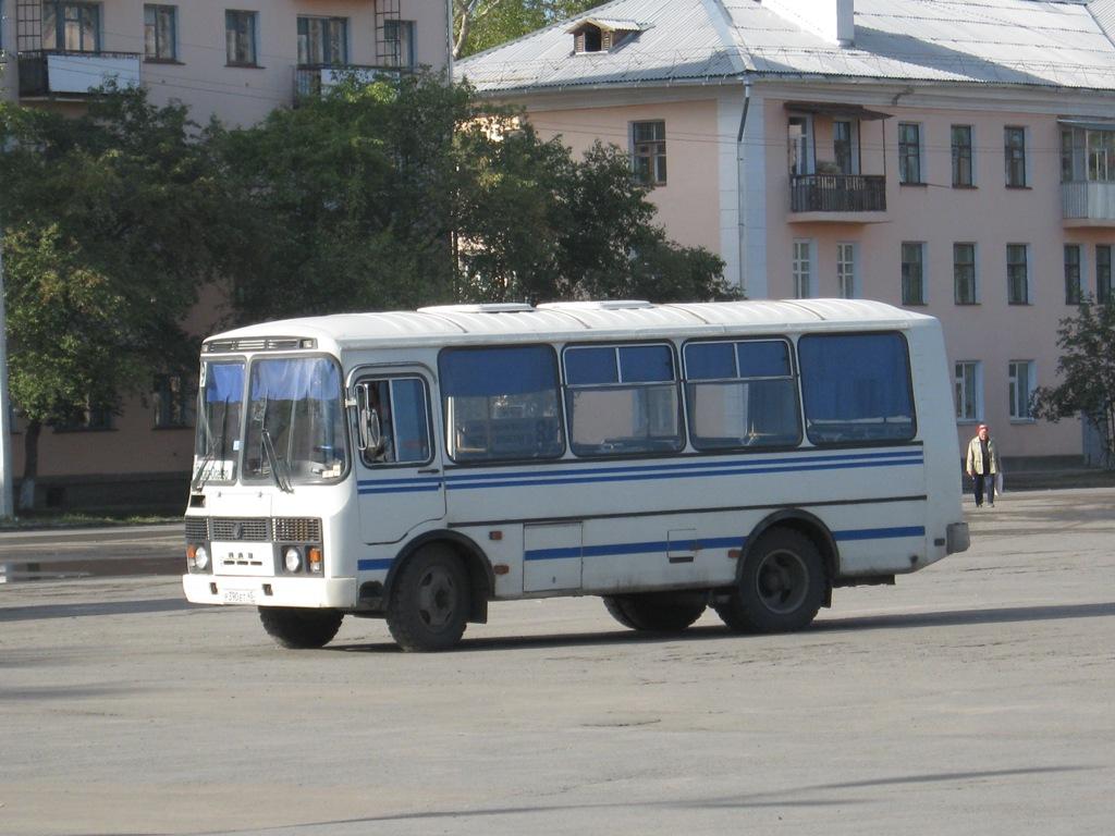 Шадринск. ПАЗ-32053 р390ет