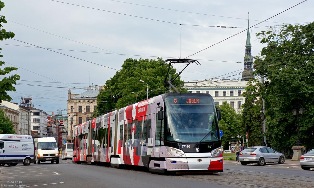 Рига. Škoda 15T №57180