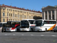 Санкт-Петербург. Neoplan N116 Cityliner ах791, Neoplan N2216/3SHDL Tourliner ас566, Bova Futura FHD 10 ве262