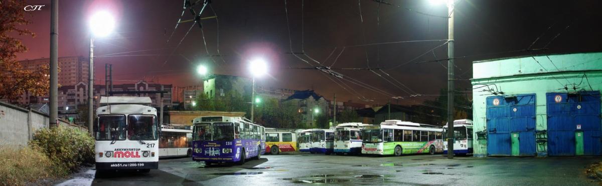 Мурманск. ЗиУ-682Г-016 (ЗиУ-682Г0М) №116, ВЗТМ-5290.02 №133, ЗиУ-682 КР Иваново №217