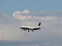 Батуми. Самолет Boeing 757-200 (EC-ISY) авиакомпании Privilege Style совершает посадку в аэропорту Батуми (BUS)