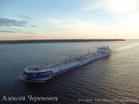 Череповец. Танкер-продуктовоз смешанного река-море плавания Балт Флот 12