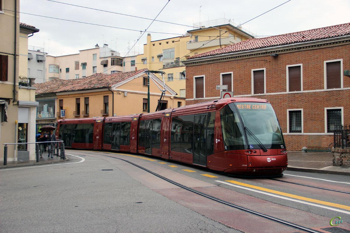 Венеция. Translohr STE №15