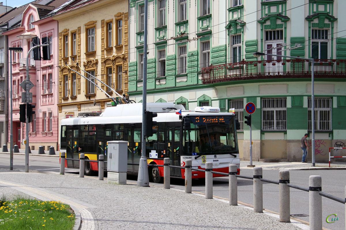 Градец-Кралове. Škoda 30Tr SOR №25