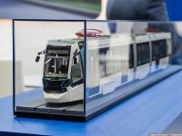 Санкт-Петербург. Модель трамвая Stadler 853 на стенде завода-производителя