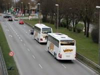 Мюнхен. Mercedes-Benz Tourismo M-WA 9117, MAN R09 Lion's Coach M-WA 9104