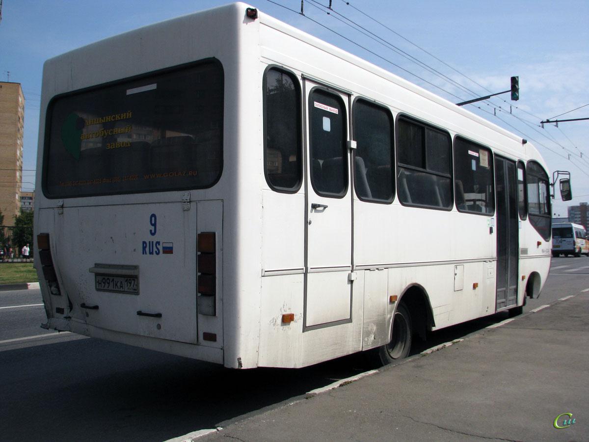 Москва. ГолАЗ-4244 н991ка
