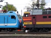 Россошь. ЧС4т-520, ЭП1М-658