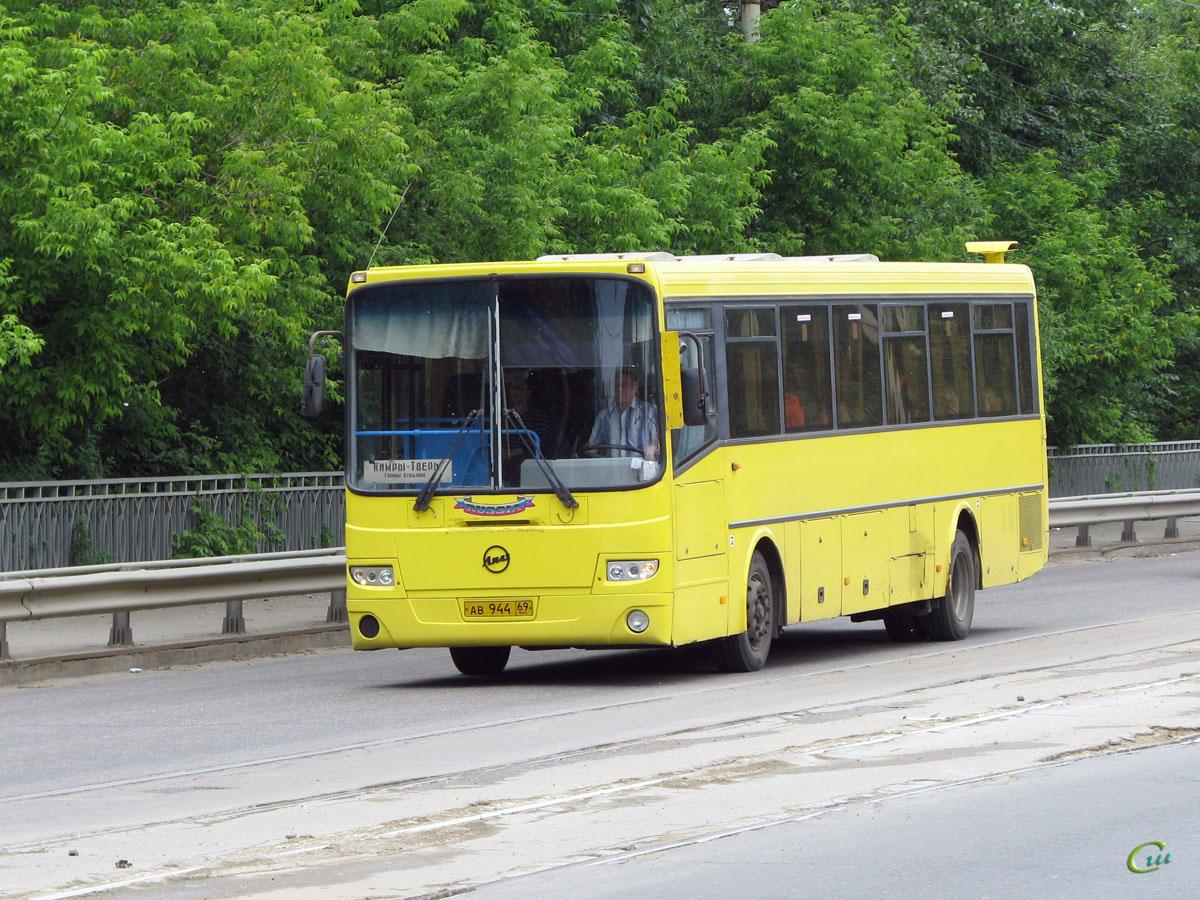 Тверь. ГолАЗ-5256.33-01 ав944