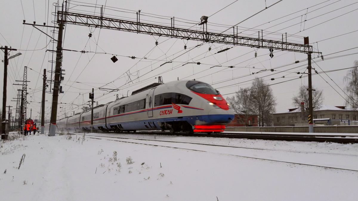 Тверь. Неопознанный высокоскоростной электропоезд ЭВС1 Сапсан на станции Тверь