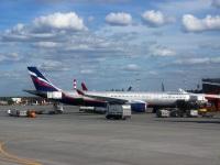 Москва. Самолет Airbus A330 (VQ-BQZ) Николай Бурденко авиакомпании Аэрофлот (Aeroflot)