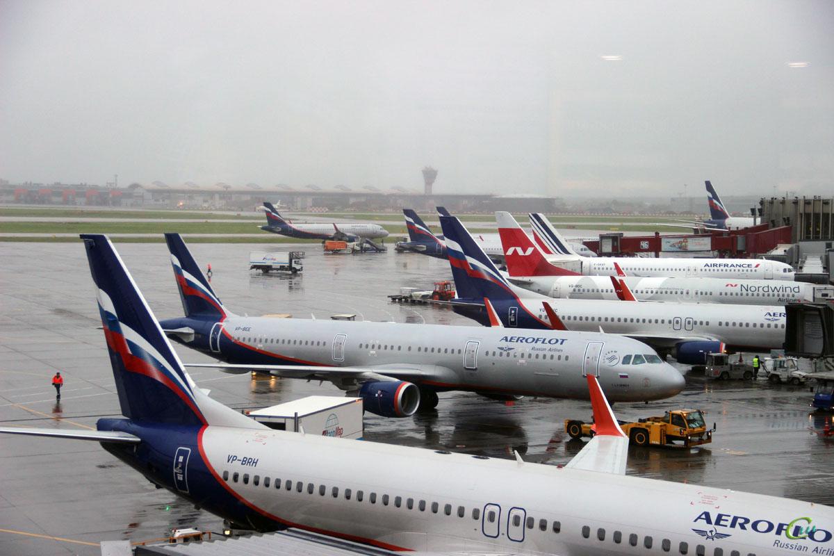 Москва. Самолет Airbus A321 (VP-BEE) Юрий Любимов авиакомпании Аэрофлот (Aeroflot) и другие