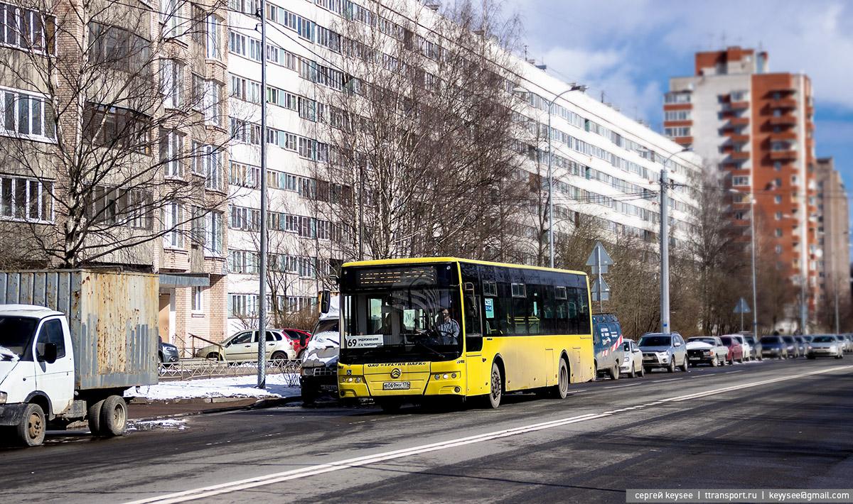 Санкт-Петербург. Golden Dragon XML6125CR в069му