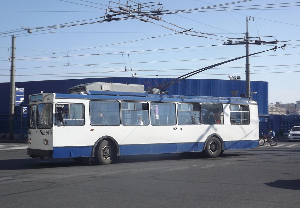Санкт-Петербург. МТрЗ-6223 №5305