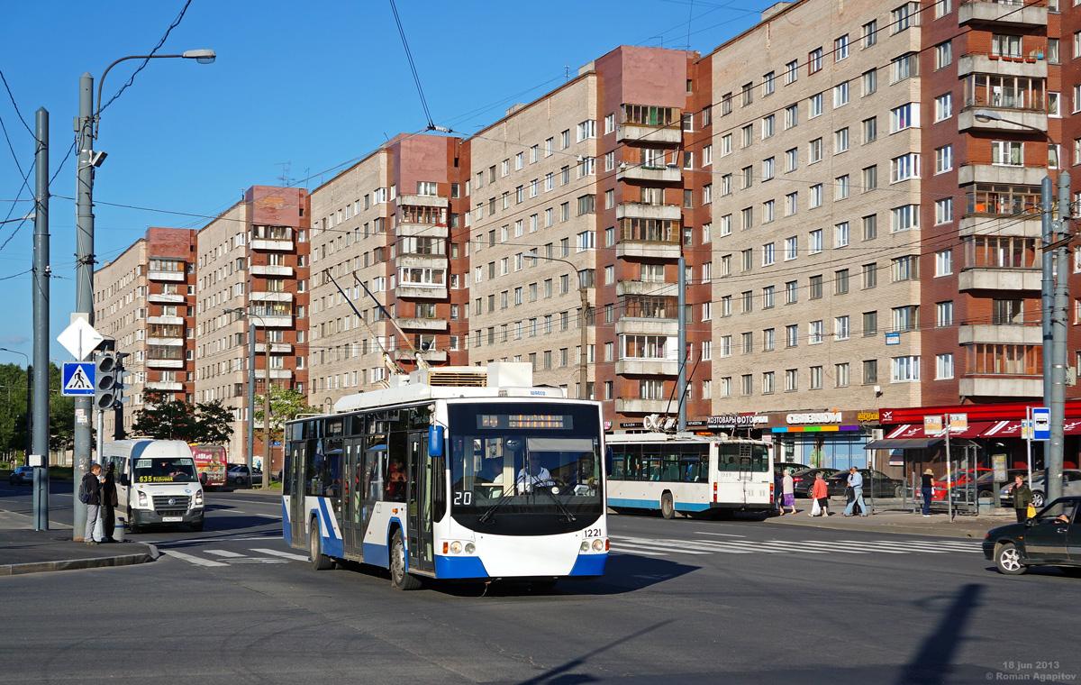 Санкт-Петербург. ВМЗ-5298.01 №1221