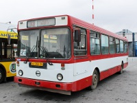 Нижневартовск. ЛиАЗ-5256.30 ах302