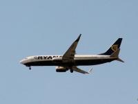 София. Самолет Boeing 737-800 (EI-EMC) авиакомпании Ryanair