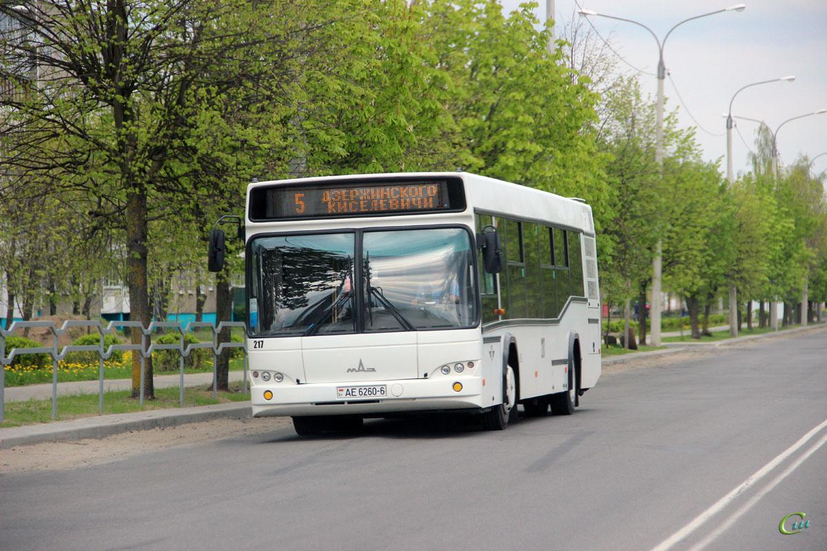 Бобруйск. МАЗ-103.485 AE6260-6