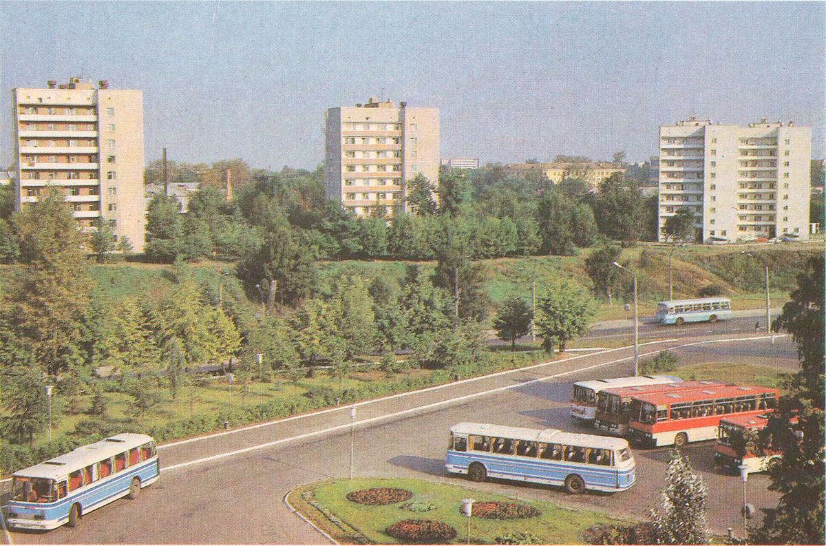Кострома. Автобусы ЛАЗ-699 и Ikarus-256